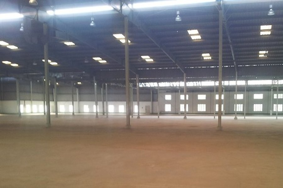 95000 SQ FT INDUSTRIAL SHED / FACTORY FOR LEASE OR RENT AT VADODARA , PRAKASH ESTATE