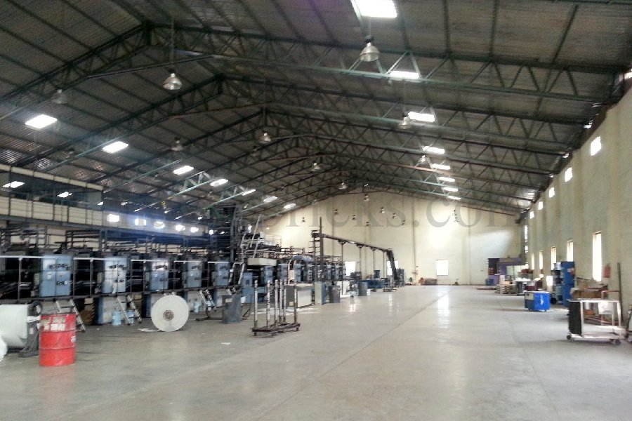 200000 SQ FT  FACTORY LAND OR INDUSTRIAL SHED RENT LEASE IN VADODARA BARODA// PRAKASH ESTATE