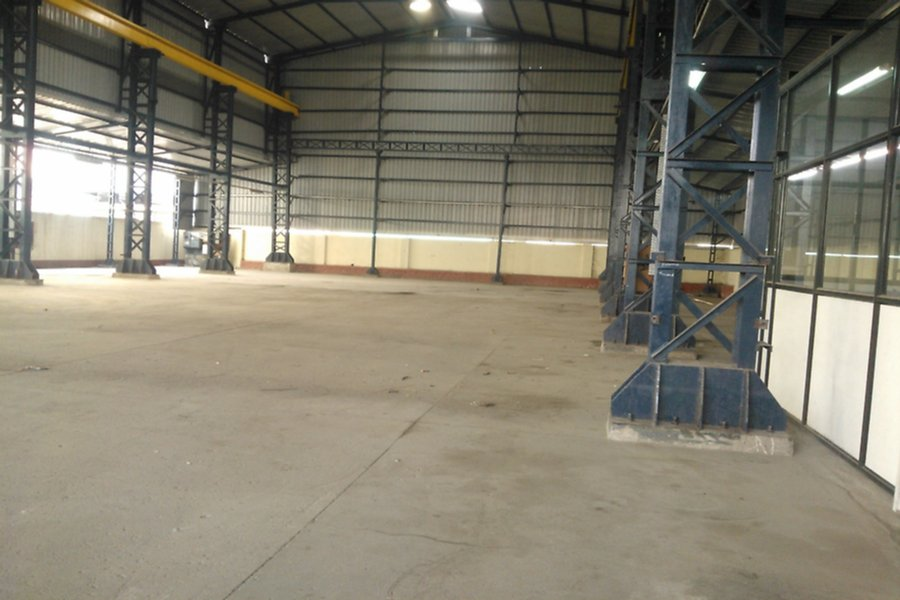 Rent Industrial Shed in VITTHALAPUR , BECHARAJI-155000 Sq-ft / 7043395463