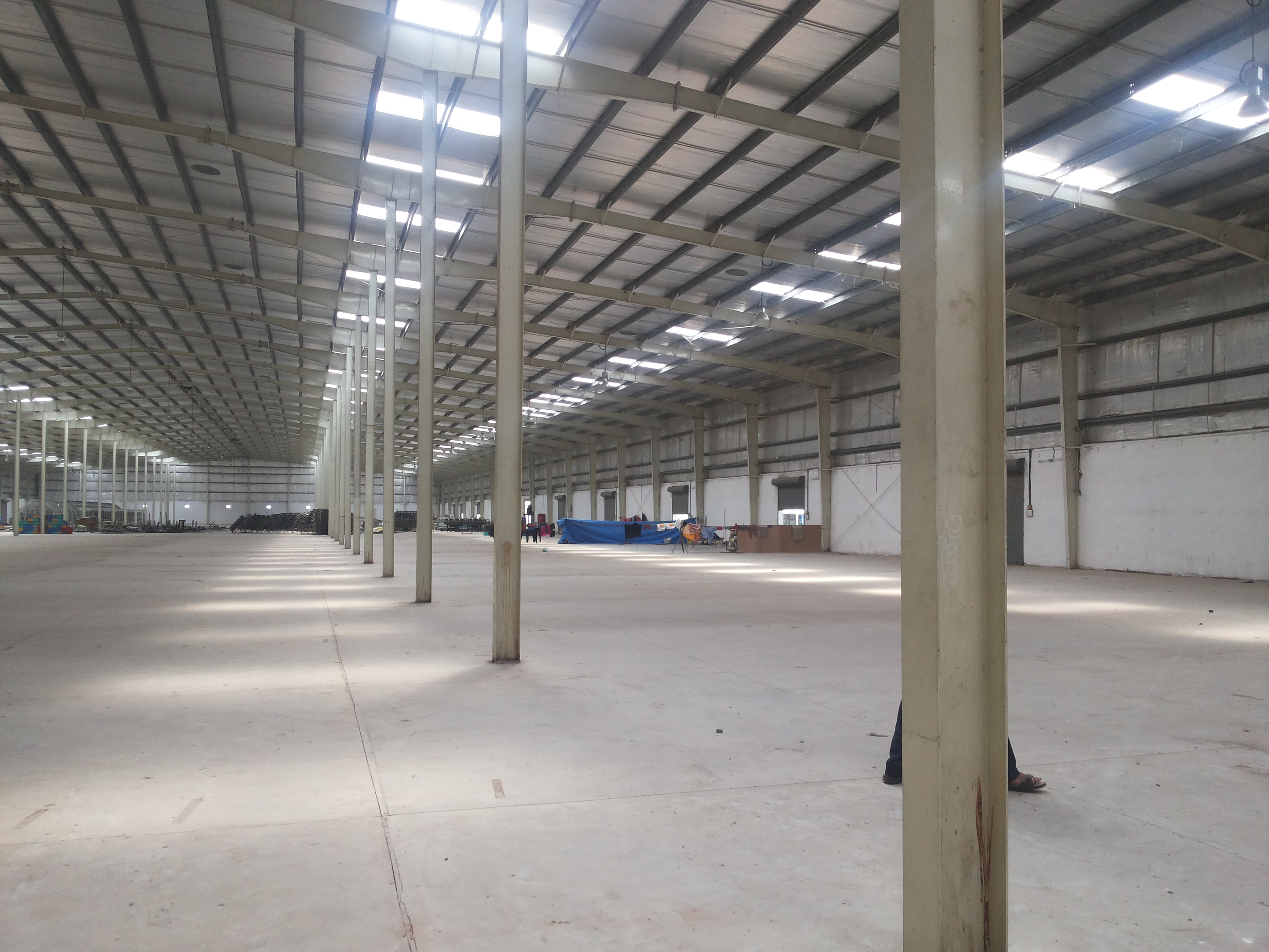 INDUSTRIAL WAREHOUSE FOR LEASE ON PRIME LOACTION IN BAVLA AHMEDABAD – 7043