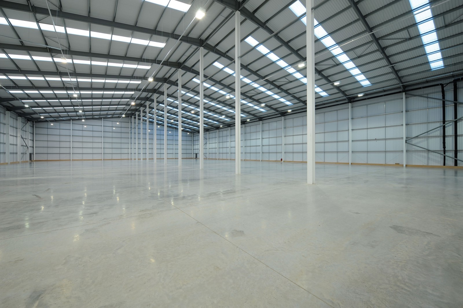 WAREHOUSE / GODOWN FOR RENT | LEASE IN CHANGODAR AHMEDABAD – 7043395463